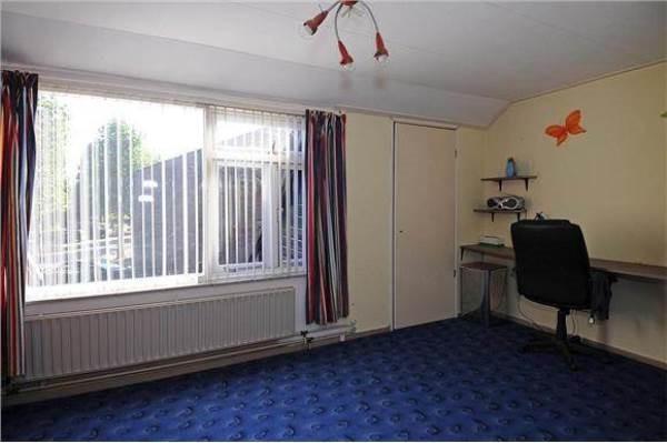 de slaapkamer toen we het huis kochten - foto van Funda.nl