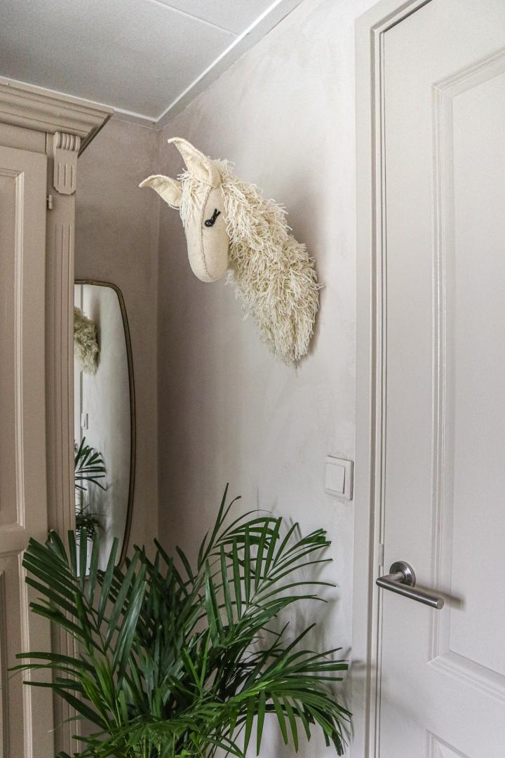 Kalkverf op de muur aanbrengen, zo doe jedat